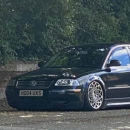 VW Passat UK