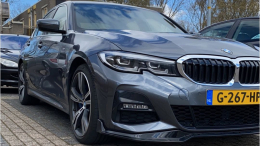 BMW 3-Series 330 2019