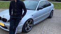 BMW 320i 2004